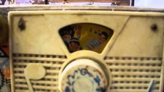 "Caja musical radio Fisher-Price ""Ten little indians""   ""Old Times"" - Antigüedades La Plata"