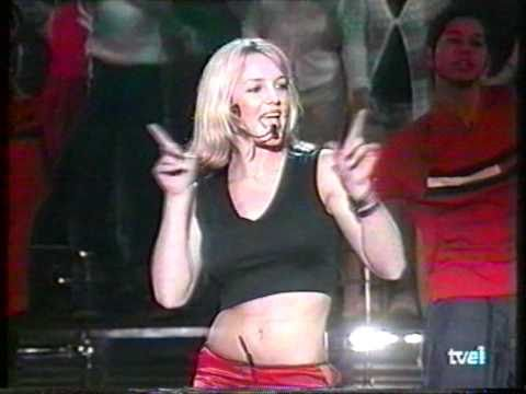 Britney Spears - (You Drive Me) Crazy & Entrevista [Música Sí]