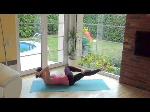Posílení šikmých břišních svalů - cvičíme s vahou vlastního těla a v rytmu dechu