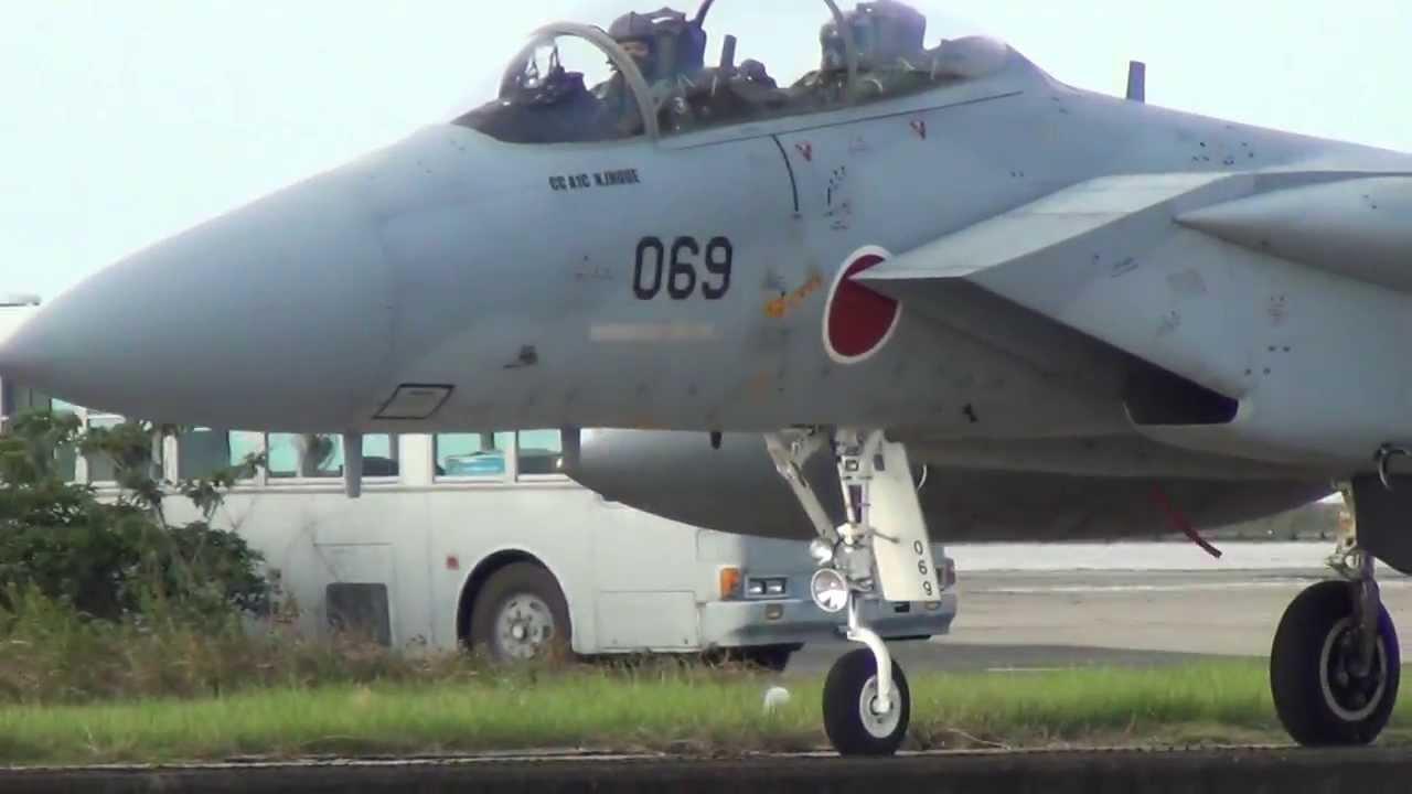 築城基地 F-15複座 着陸後パイロ...