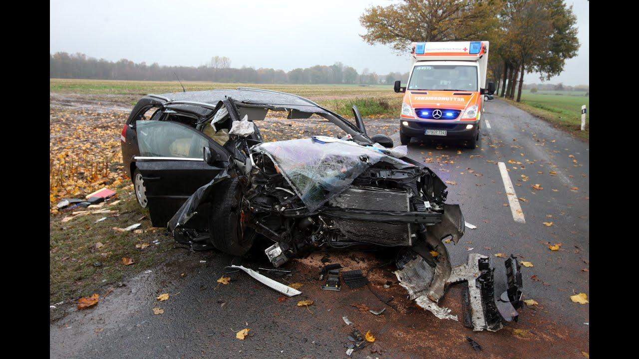 Unfall Auto Kaufen : vier zum teil lebensgef hrlich verletzte autoinsassen bei unfall zwischen hesedorf und essel ~ Watch28wear.com Haus und Dekorationen
