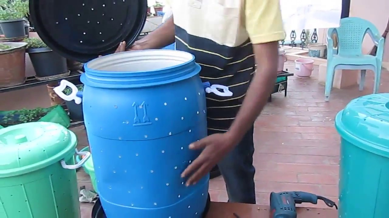 How to make a Do It Yourself (DIY) Aerobic Composting bin (soil and ...