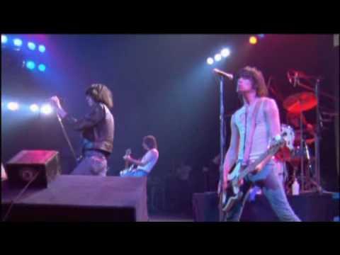 The Ramones - It's Alive (1977) - Cretin Hop