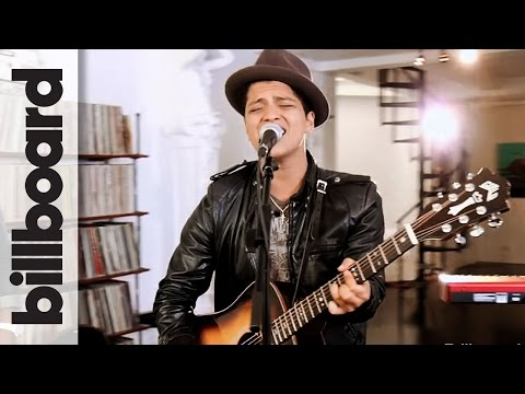 Bruno Mars 'Grenade' Live Billboard Studio Session at Mophonics Studios NY