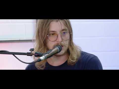 Winston Surfshirt (Live Sessions) So Far To Go - J Dilla