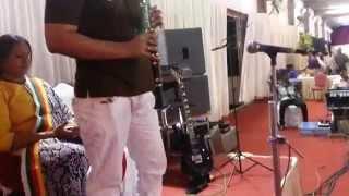 sj prasanna (09243104505) playing hindi instrumental film song kajra mohabbathwala on clarionet