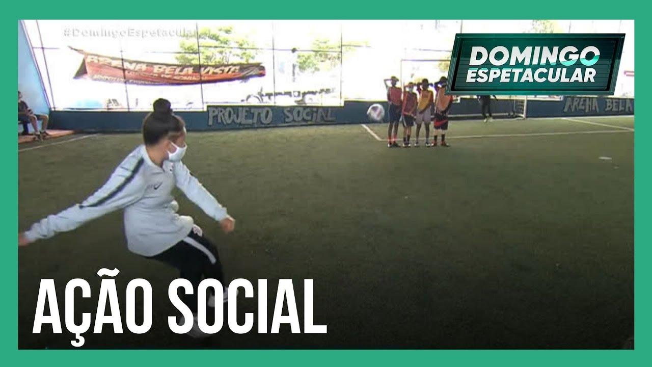 Download Mari Weickert conhece projeto esportivo que está mudando vidas no centro de SP