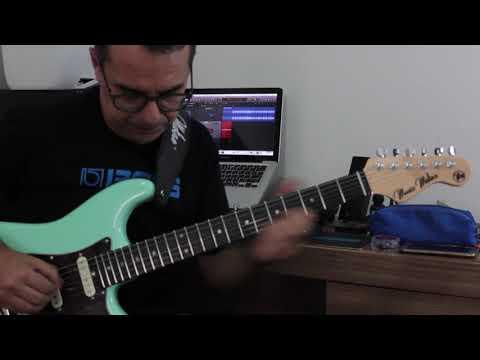 Exercício triades D e C utilizando um Groove de baião