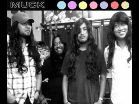 Muck - Kirsten Dust