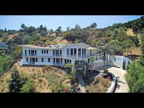 2955 Passmore Drive, LA | Wings- The Iconic Hollywood Hills Celebrity Compound | Kathy Griffin