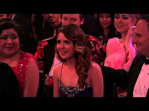 "Austin & Ally - Kiss Scene from ""Relationships & Red Carpets"""