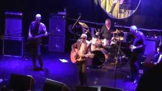 Graham Parker and the Rumour - Watch the Moon Come Down - Holmfirth 141015