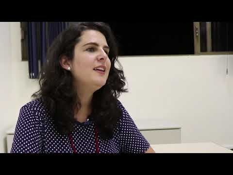 Dia da Mentira - Profª Carolina Azambuja (Parte 1)