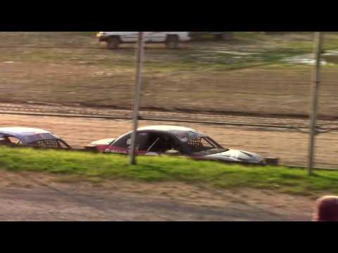 Hummingbird Speedway (6-17-17): Aaron's of DuBois Front-Wheel Drive Four-Cylinder Heat Race #1