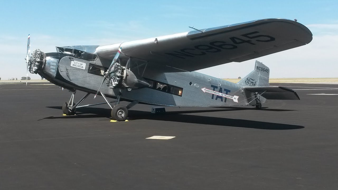 1928 Ford Tri Motor Flying In A Piece Of History Youtube