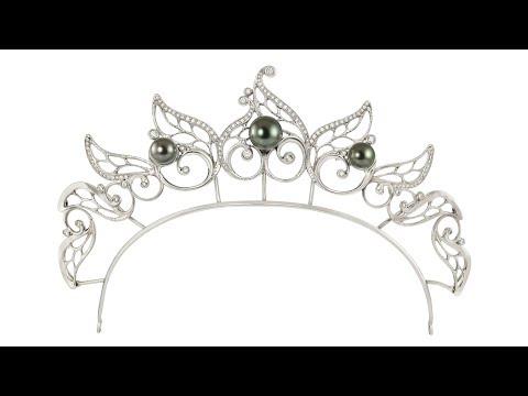 Creation of danish royal diamond tiara