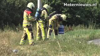 Bolstaand explosief vat in berm rotonde N48/N36 bij Ommen gekoeld