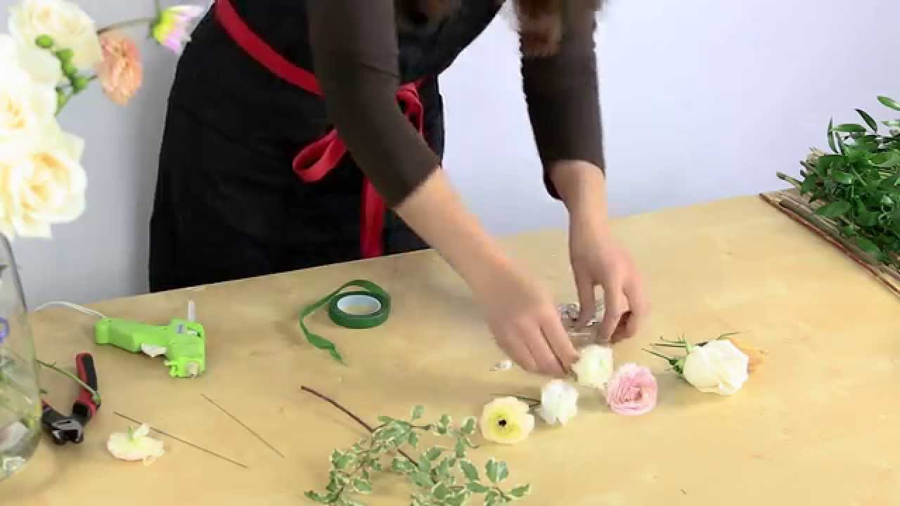 How To Make A Corsage Youtube