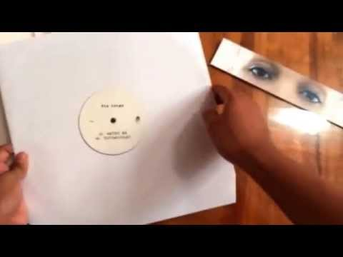 Fka twigs- EP2 unboxing