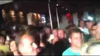 Killing in the name (RATM) - Hard Rock Karaoke (part 2)