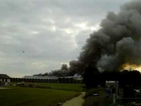 Zeer grote brand bloembollenbedrijf Avenhorn