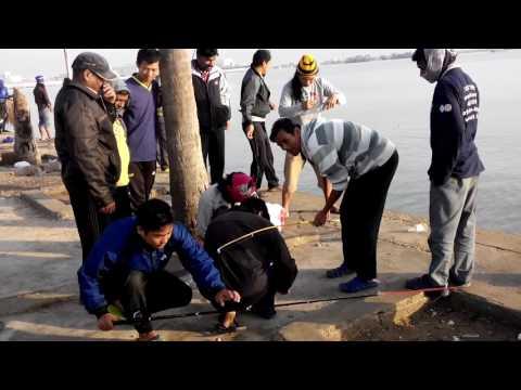 Nepali gays fish hunting in qatar