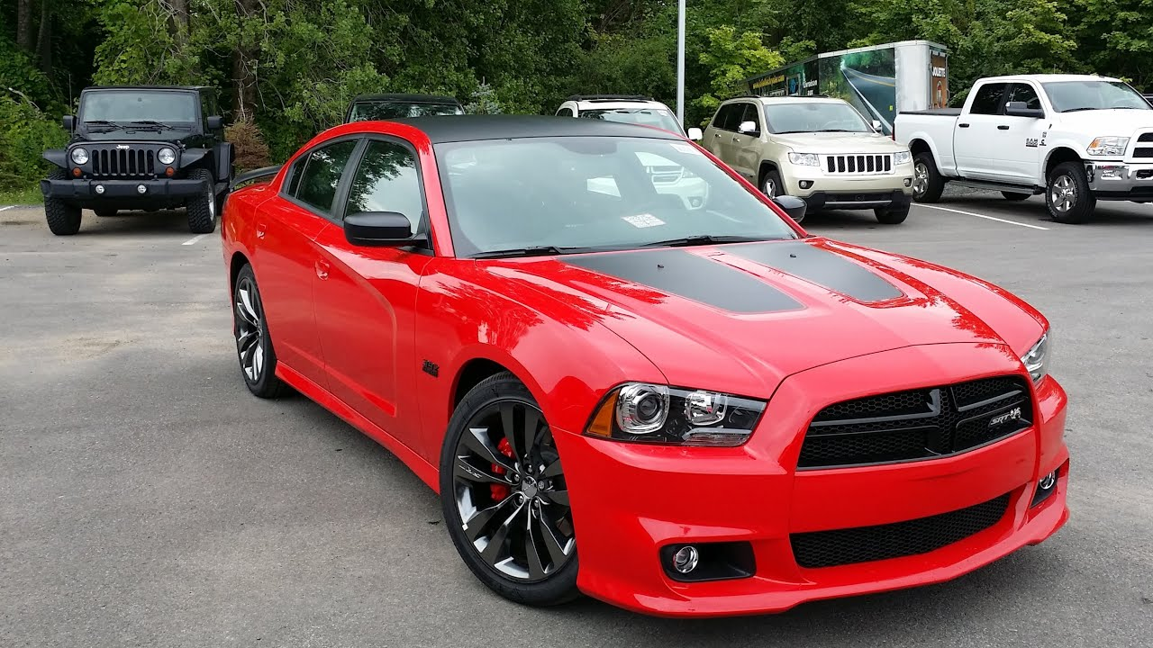 Revue De La Dodge Charger Super Bee 2014 Fran 231 Ais Youtube