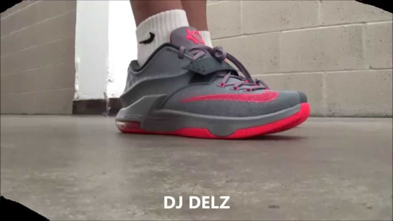 nike kd 7 calm before the storm sneaker on foot with dj