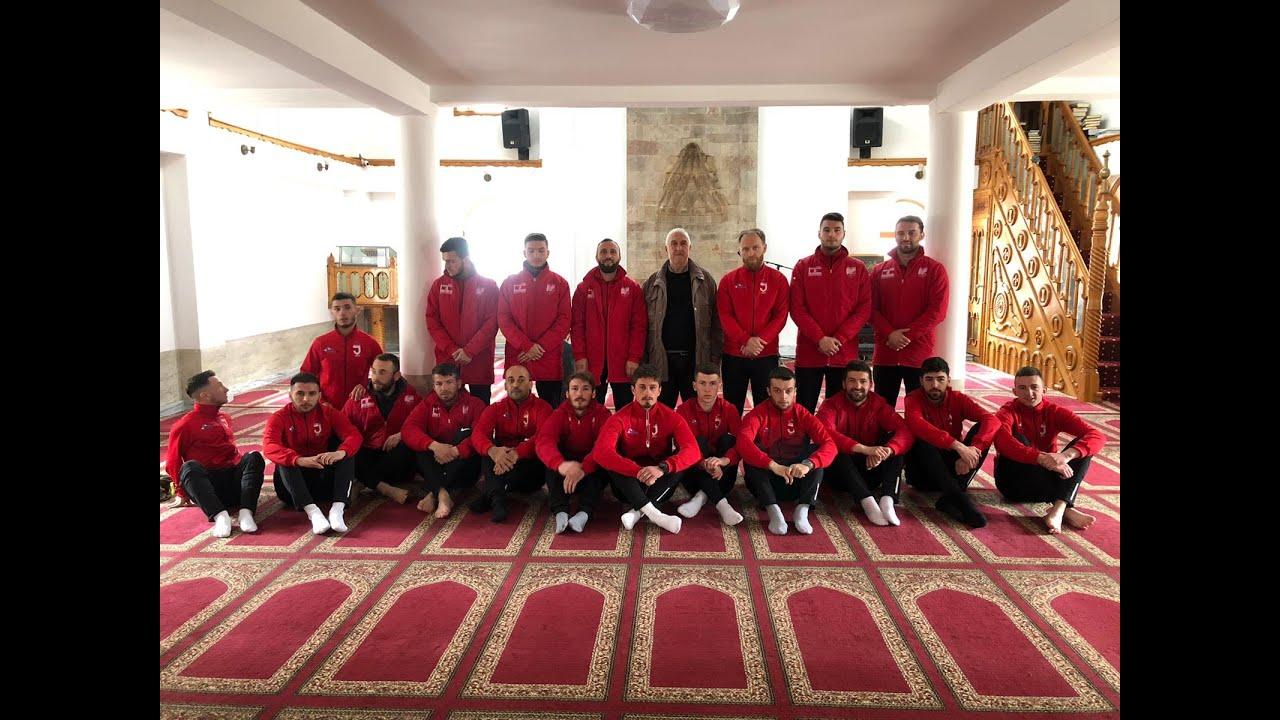 """Fudbaleri """"Jedinstva"""" u gostima pobijedili ekipu """" Mataruge"""" iz Kraljeva  rezultatom 2:0 - YouTube"""