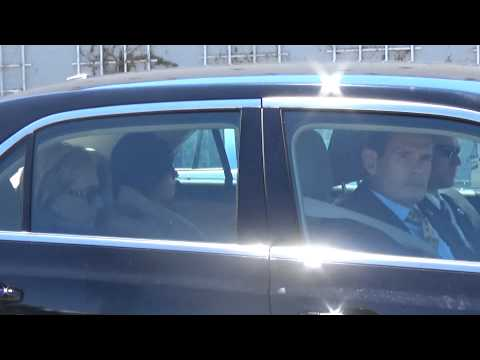 Clinton's 5-Car Motorcade Leaving Event