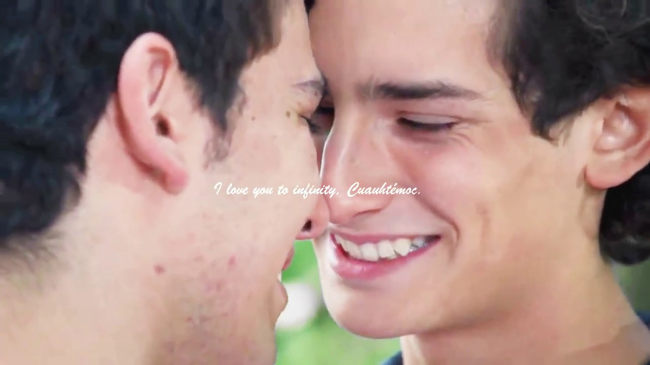 Telenovela Makes Mexican TV History With Gay Teen Couple