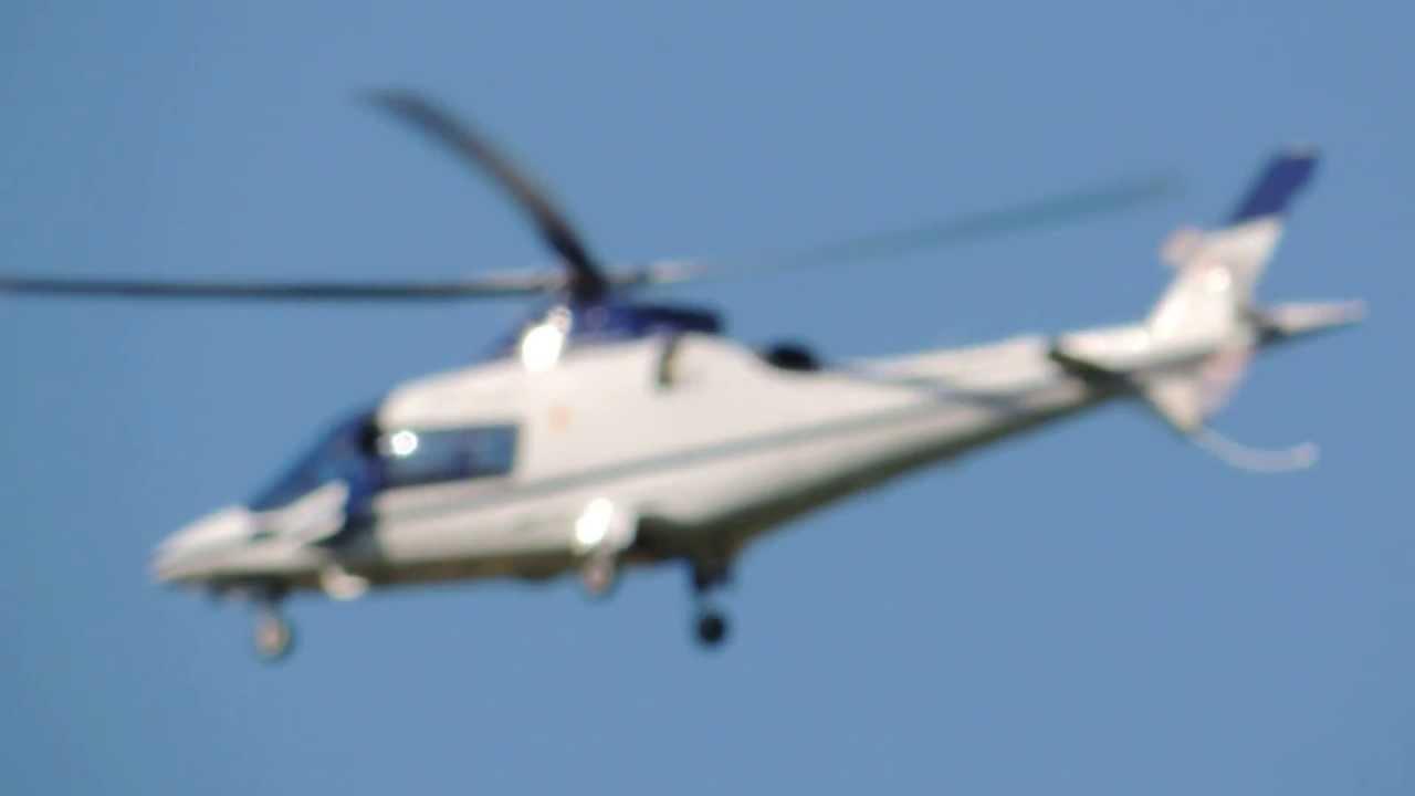 L Elicottero Del Papa : Decollo i awcc elicottero del papa hd youtube