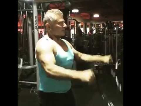 Shoulder Exercise by Personal Trainer Summerlin Nevada