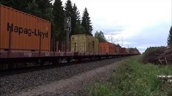 Pitkä konttijuna T58010 ohittaa Ylöjärven/Long container train T58010 passing Ylöjärvi, (Full HD)