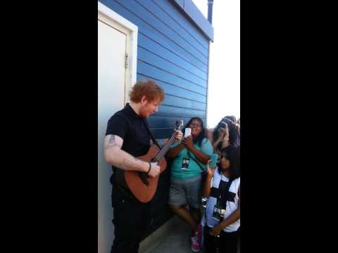 Ed Sheeran Click 9.89 Acoustic Lounge 1/2 (Raw Footage Through My Eyes)