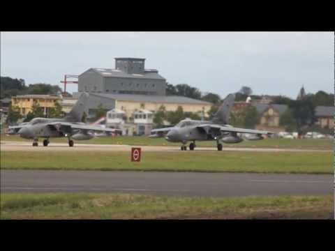 Farnborough International Airshow 2012 Flying Displays (1080 HD)