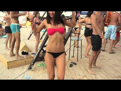 Girls Dance sex beach sunset