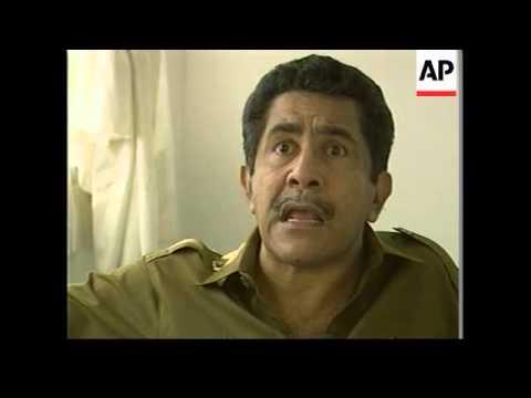 WEST TIMOR: GOVERNOR OF EAST TIMOR VISITS REFUGEES