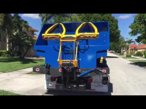 Wheelie bin cleaning machines; trash can cleaning ...