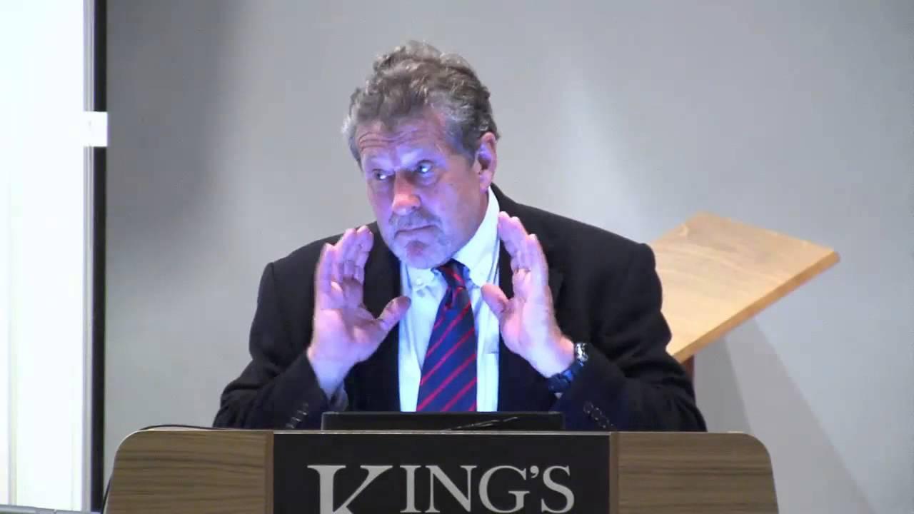 Tom Sanders speaking at the KCL Alumni Weekend 2015