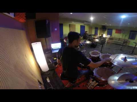 Floor 88 - Zalikha (Drum Cam)