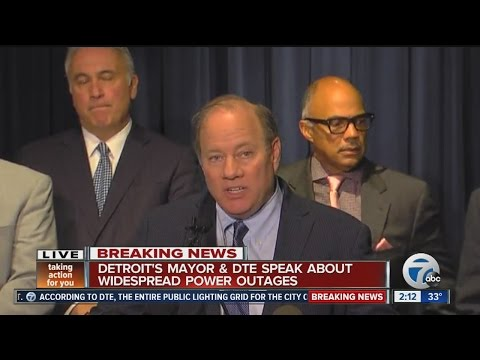 Mayor, DTE address Detroit outage
