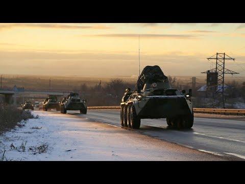 Колонна российских миротворцев прибыла в Степанакерт в Нагорном Карабахе