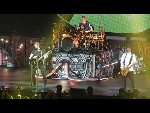 Nickelback- When We Stand Together(Live in Ledoviy Palace , SPB, 23.05.2018)