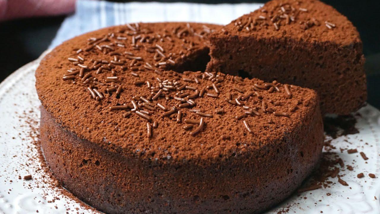 Bizcocho de chocolate al microondas en 5 minutos. Tan esponjoso como una nube