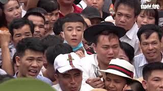 Video chen lấn, xô đẩy ở Lễ hội Đền Hùng
