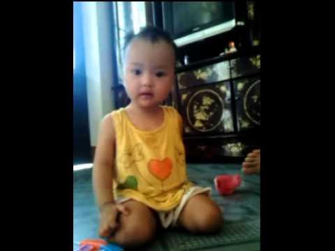 Annt17_Ngọc Mai Kun Híp 11 tháng, múa bài bà ơi bà