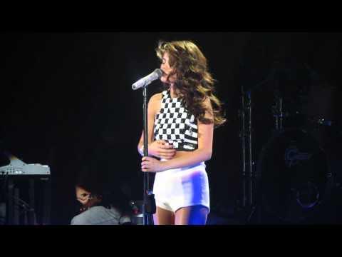 BEST SELENA GOMEZ VOCAL PERFORMANCE!!