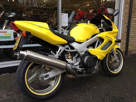 honda vtr 1000 firestorm 2000 yellow review start up. Black Bedroom Furniture Sets. Home Design Ideas