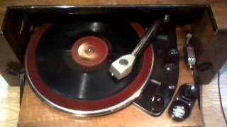 Orchestre Jazz du Moulin-Rouge - La Caravane (Comte Obligado)